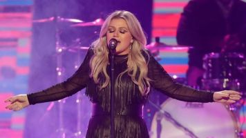 Kelly Clarkson to serve as headline act at US Open