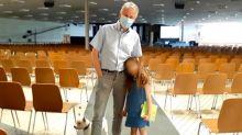 """Coronavirus : à Mulhouse, l'église évangélique, considérée comme un """"point de bascule"""" de l'épidémie en France, savoure """"la joie"""" de retrouver ses fidèles"""