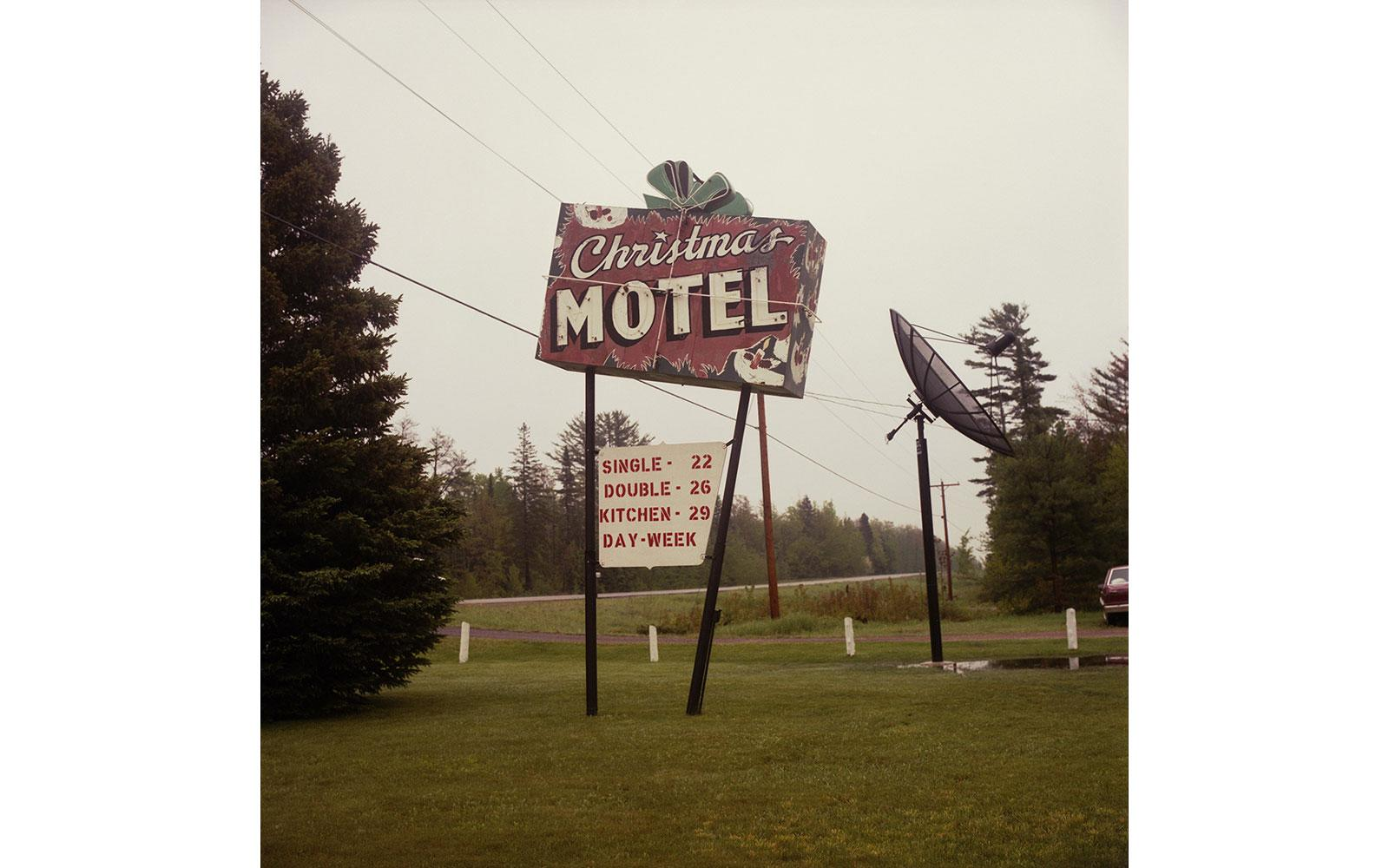 Vintage Motel Signs Reveal America's Love Affair With the Road