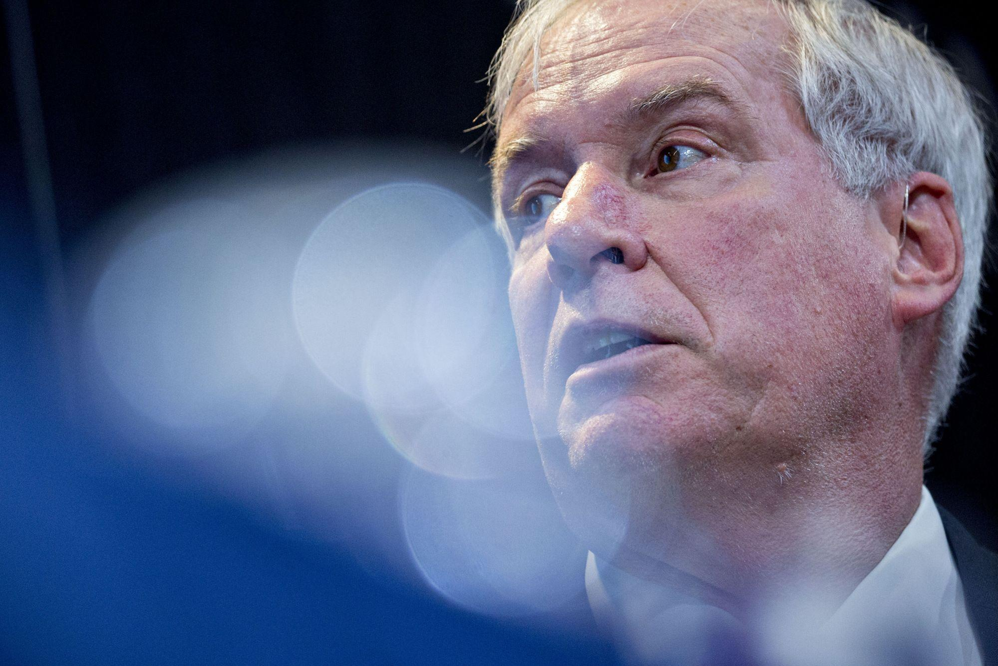 Fed's Rosengren Says Pursuing 2% Inflation Could Distort Markets
