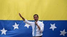 França nega que Guaidó esteja refugiado em sua embaixada em Caracas