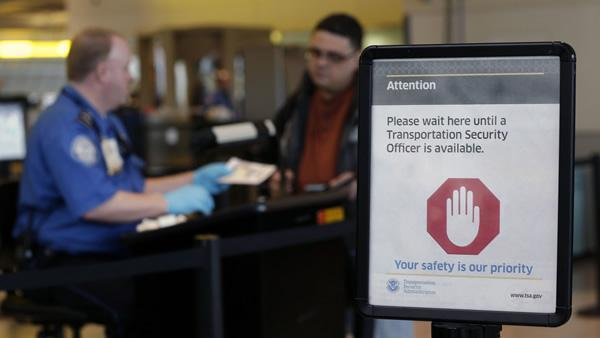 TSA stands by new knives on planes policy