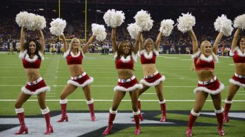 Sixth former cheerleader joins suit against Texans, says coach duct-taped her body