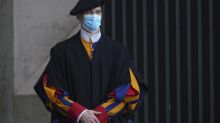 Vaticano: 4 guardias suizos dan positivo a coronavirus