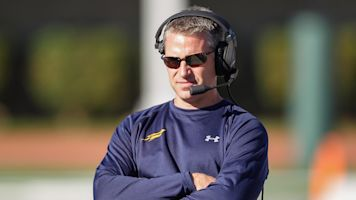 Toledo coach inspires others with generosity