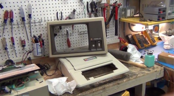 Apple II Plus gets torn asunder and restored in this modern teardown (video)