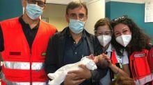 """Bebè lasciato in chiesa a Bari. Il primario: """"Non voglio parlare di abbandono"""""""