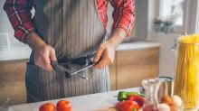 Kitchen Pros Say You Should Only Sharpen Your Knives Once a Year
