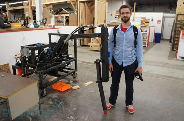 Project Hexapod: eyes-on with Gimpy, the (half-scale) giant robot leg