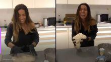 Anitta cozinha ao estilo Masterchef com os amigos