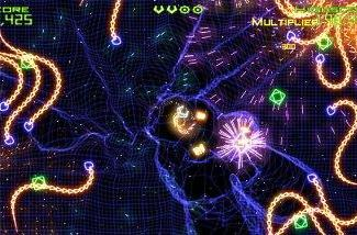 Top XBLA title Geometry Wars headed to PC [update 1]