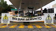 Los robos y las deficiencias en las refinerías, detrás de los problemas de combustibles en México