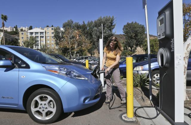 California bill would ban new fossil fuel vehicles from 2040