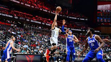 Trae Young drains game-winner to lift Hawks past 76ers
