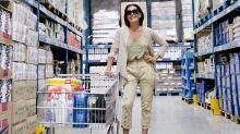 """Carolina Ferraz revela programa preferido de domingo: """"Sou a louca do supermercado"""""""