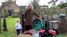 Weekend jobs: the joys of the winter compost heap