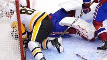 Canadiens advance in Game 4 as Penguins end season with a whimper