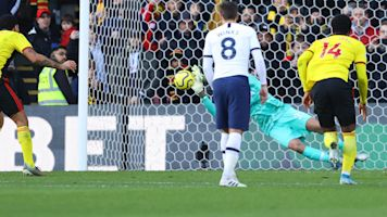 Spurs goalie saves the day in scoreless draw