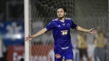 Negócio entre Cruzeiro e Internacional pelo meia Maurício trava e dirigente explica o motivo