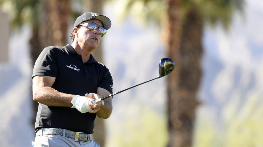 Phil Mickelson denies helping gambler Billy Walters get commuted sentence from Donald Trump
