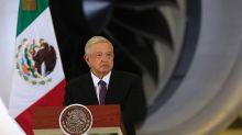 Autoridad electoral ordena a López Obrador retirar anuncio por citar al Papa