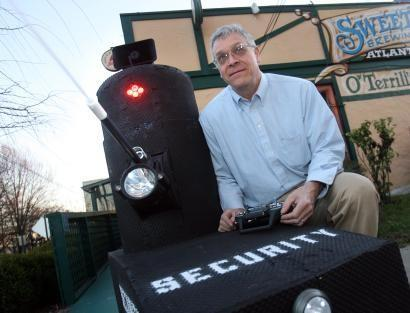 Homegrown security bot heckles vagrants, longs to be a real cop