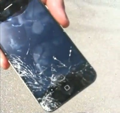 iPhone 4 drop test yields results (video)
