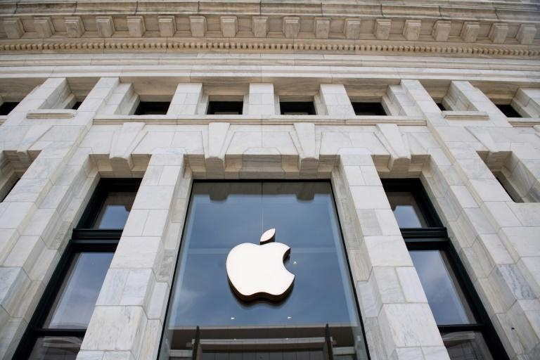 Apple and other tech giants reported blowout earnings, boosting US stocks on a day when European markets retreated