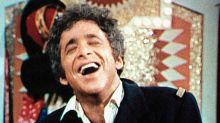 Chuck Barris, 'Gong Show' Host and Self-Proclaimed CIA Assassin, Dead at 87