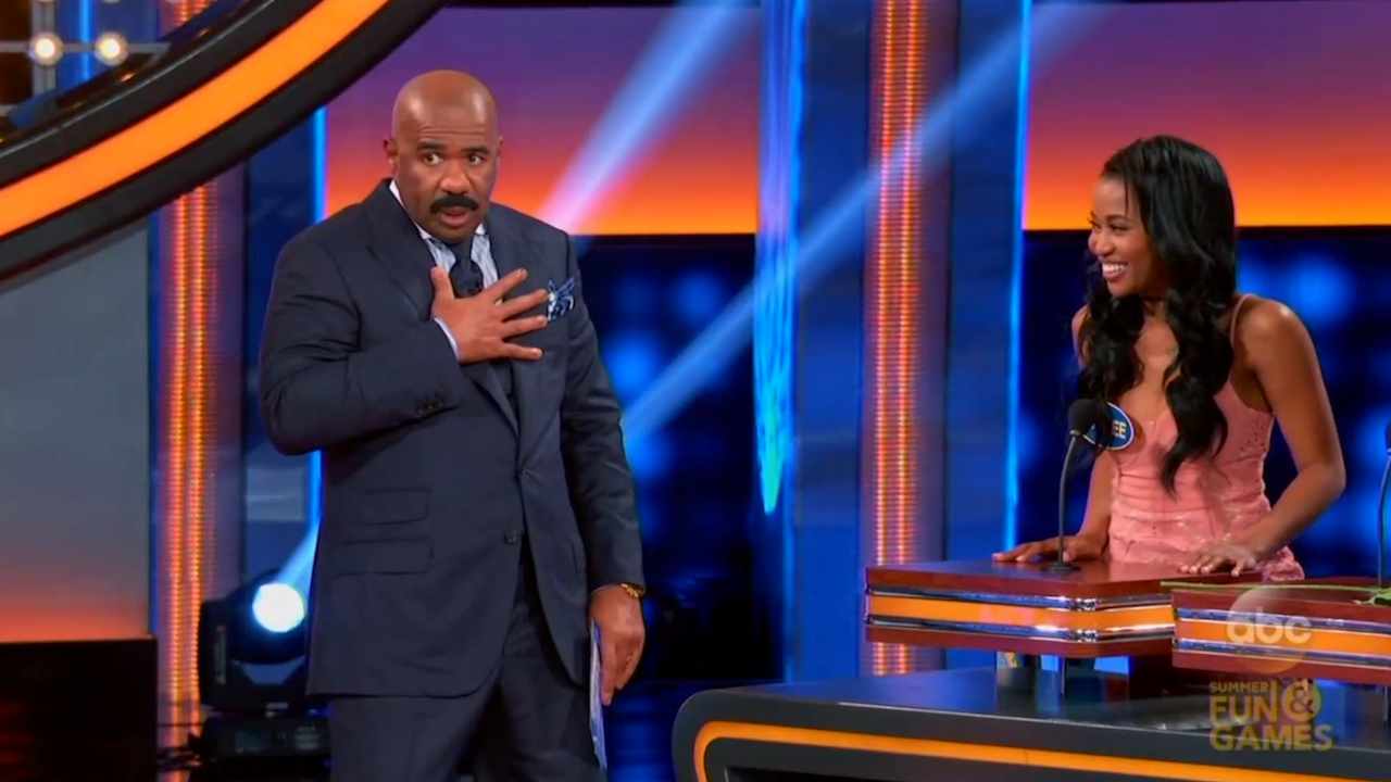 Is family feud filmed in georgia - Steve Harvey Baffled By Bachelor Contestant S Answer On Celebrity Family Feud Video