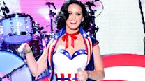 60 Seconds of Sexy Celebs in Stars and Stripes