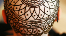 This henna artist is empowering cancer patients with beautiful henna crowns