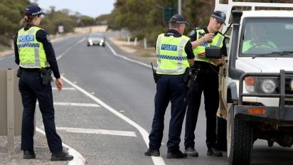 SA catches Victorians breaching border