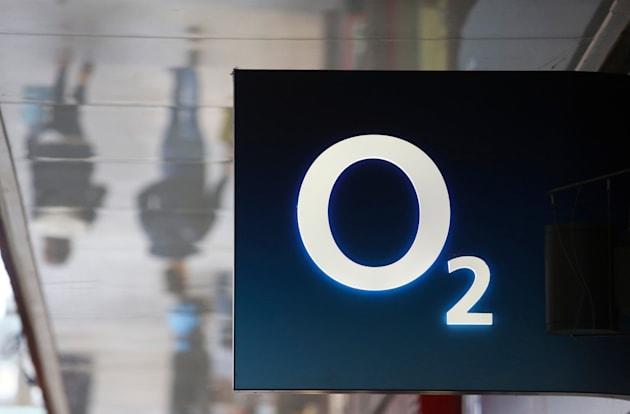 O2 SIMs will switch to public WiFi if its network can't cope