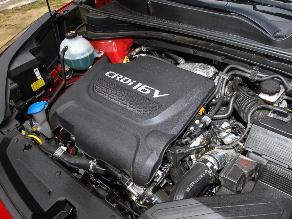搭載2.0升柴油渦輪增壓引擎,可輸出185hp/41.0kgm之動力數據。
