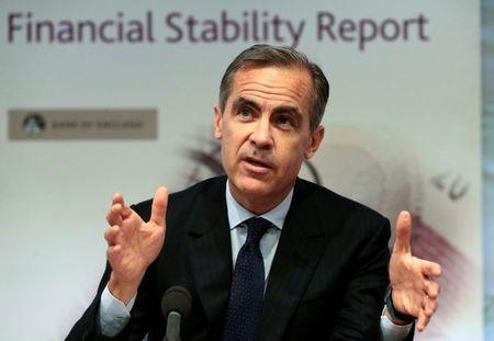 Bank of England governor Mark Carney speaks during a news conference at the Bank of England in London, December 1, 2015. REUTERS/Suzanne Plunkett