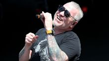 Smash Mouth singer mocks coronavirus pandemic at packed concert