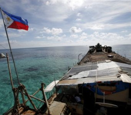 U.S. says backs resumption of China-Philippines talks on South China Sea