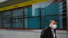 Após crash histórico, mercados se recuperam