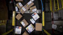 FedEx Sinks Most in Five Years as Trump Tariffs Stoke Trade Fear