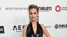Katy Perry se roba el show con este vestido que se vuelve pantalón; miralo