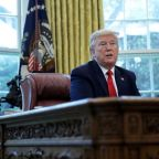 Trump bolsters ban on U.S. investments in China