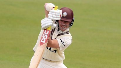 Snow hits Glamorgan hopes as Rory Burns and Ben Foakes shine for Surrey