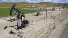 Oil Dips as Growing U.S. Fuel Supplies Cloud Summer Rebound