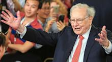Warren Buffett has enough firepower to do a $160 billion deal this year