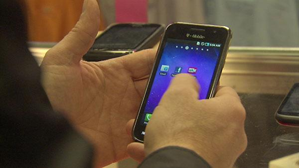 Chicago stolen smartphone trail leads overseas