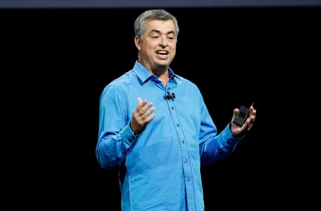 Apple's Eddy Cue doesn't view Netflix or Comcast as competition