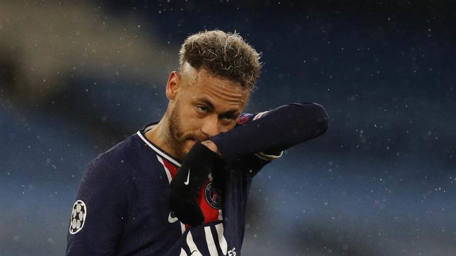 慘遭淘汰無緣歐冠 內馬爾欲降薪入巴薩聯手梅西