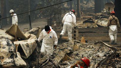 California wildfires: Searchers prepare for rain