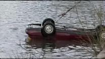 Car plunges into Schuylkill River off Kelly Drive, driver dead (PHOTOS)